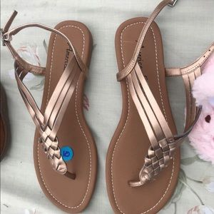 Women's American eagle sandals